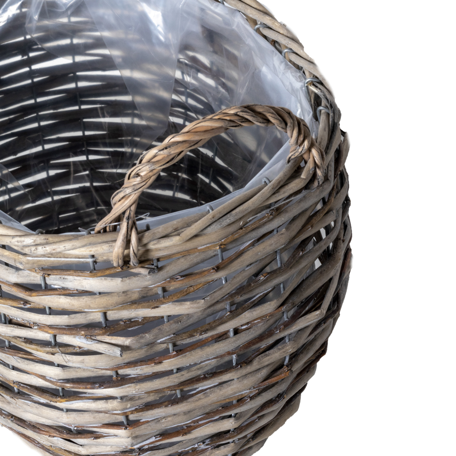 Brava_Ear_Oval_Basket_Greywash_120035_detail